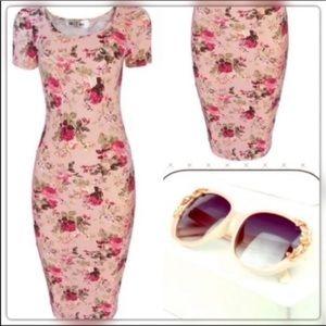 Sz M Bodycon Floral Dress